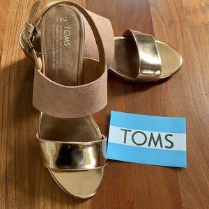 TOMS Poppy Suede Sandal